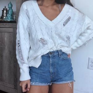 Olivaceous Sweaters - Olivaceous white oversized knit v neck sweater L